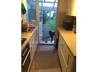 Double room available in friendly house near Shoreham Beach Roundabout with dog