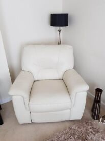 Immaculate large 2 seater leather settee and reclining chair