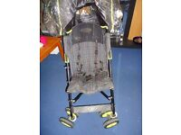 Im selling a pushchair with rain cover, sun canopy, baby bag and 3in1 baby cozytoes