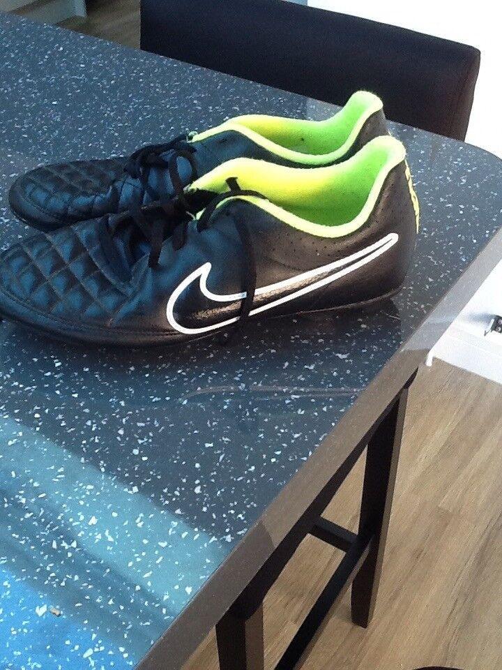 Nike Tiempo Football boots Junior size 5.5