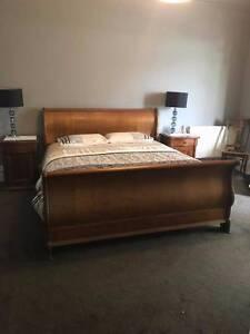 Luxury Bedroom Suite Lake Wendouree Ballarat City Preview