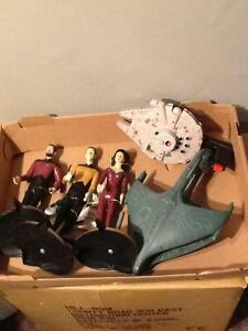 Reduced!!Star Trek figurines with original tags