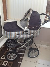 Mamas & Papas Pram/Pushchair in lovely condition and original boxes