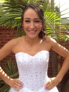SPECTACULAR DEBUTANTE DRESS Rowville Knox Area Preview