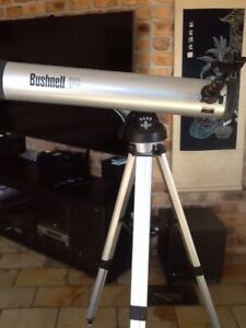 BUSHNELL TELESCOPE STAND INCLUDED