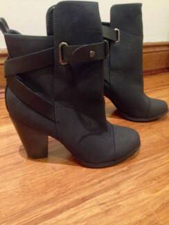 Brand New Atmos&Here Ankle Boots Size 9 Woolooware Sutherland Area Preview