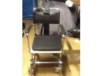 Portable Commode / shower Chair ( NEVER BEEN USED )