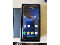 boxed S7 Edge 32GB Like New
