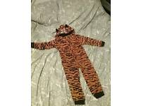 Tiger onesie age 4 - 5 personalised with the name leo or aiden