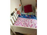 baby cot/ 0/5 years duvet pillow sheets in very good condition