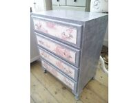 REDUCED PRICE - Pretty Chest of Drawers in French Style.