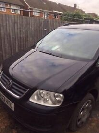 Volkswagen Touran 1.9 TDI 2004 53 Plate 6 Speed Manual Breaking