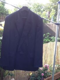 Horne Brothers navy suit 55% polyester & 45% wool 42 chest & 36 waist £10