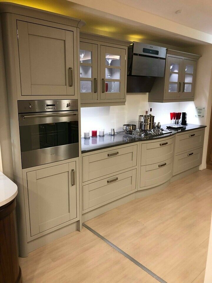 Oak Kitchen Island Units: Oak & Painted Stone Kitchen