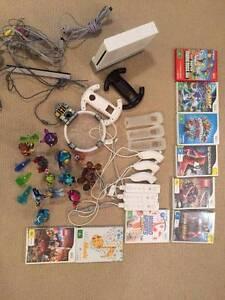 Selling Nintendo Wii with 9 games + characters of Skylanders. Gordon Ku-ring-gai Area Preview