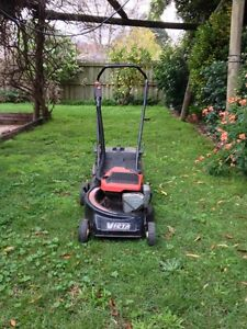 Victa lawn mower Mont Albert Whitehorse Area Preview