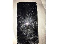 i phone 7 for sale (broken screen) OPEN TO OFFERS