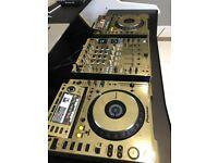 Pioneer CDJ 2000 (pair)