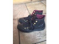 Converse All Star Hi Lthr Black Gold Quilted