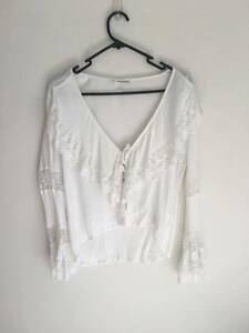 princess polly white blouse Soldiers Point Port Stephens Area Preview