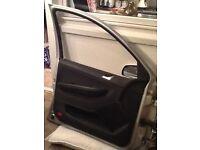 Skoda Fabia passenger door .. Complete with window / mirror