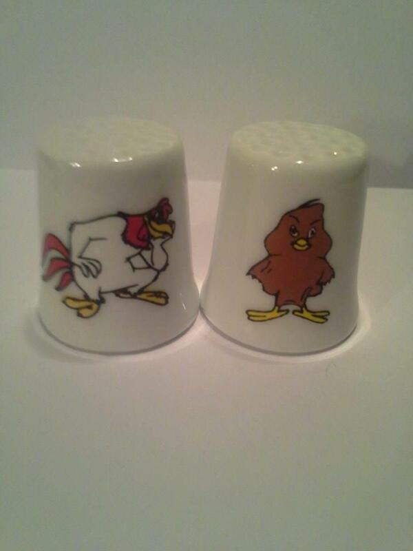 Set of 2 Foghorn Leghorn & Henry Hawk Collectible Porcelain Thimbles