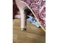 Irregular Choice pink Mal e Bow size 41/7.5