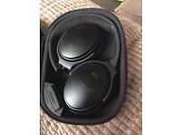 Bose QuietComfort 35 Noise-Cancelling Used Once