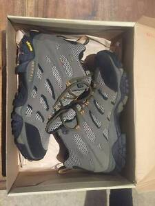 Merrells Moab Mid Gore-Tex Hiking Boots Highton Geelong City Preview