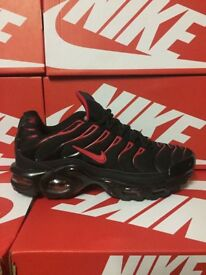 Nike black red