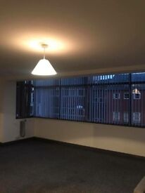 Large two bed apartment town centre