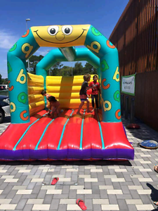 Jumping castle Port Kennedy Rockingham Area Preview