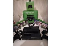 For sale xbox one with 8 games