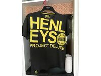 HENLEYS BROWN T SHIRT USED MEDIUM