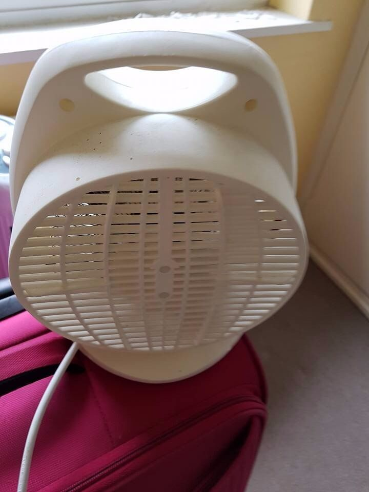 Small Electric Heaterin Farnham, SurreyGumtree - Small white electric heater in working order. Can been seen working. Collection from Tongham