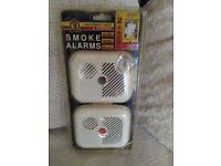 2x smoke alarms new