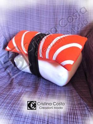 CUSCINO fantasia SUSHI SALMONE misura PICCOLA 18X12 cm a forma di biscotto