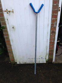 Mast head support for dinghy trailer