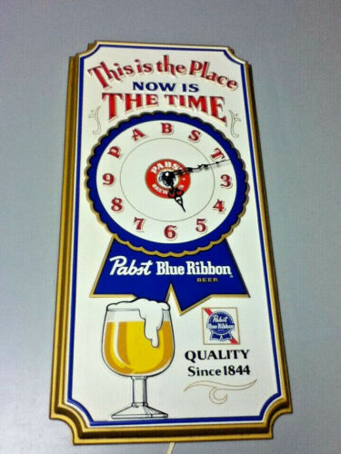 Pabst blue ribbon beer sign vintage 1979 wall clock a/c PBR Milwaukee brewery