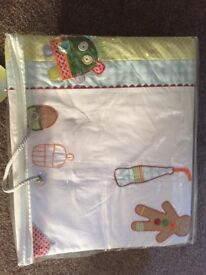 Brand new in packaging - Mamas and Papas Gingerbread quilt / bedding / cot / cot bed set