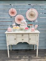 Elegant and vintage wedding/birthday/baby shower rentals