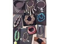 ***Offers***HUGE JOB LOT JEWELLERY Approx 3000 pieces
