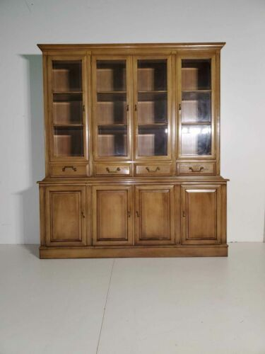Union National Fine Furniture Company China Cabinet