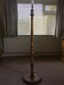 Pine lamp stand - ideal for renovation / upcycling / painting / refurbishment