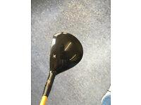 Titleist Fairway wood 910 f 13.5 degrees ( adjustable)