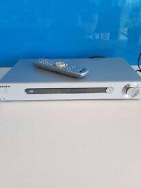 Sony CD/DVD Player DVP-LS500