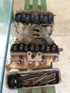Ford v8 heads inlet and exhaust manifold Osborne Port Adelaide Area Preview