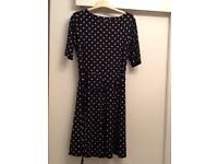 Ladies dress worn once in excellent condition bought from Wallis 3/4 length sleeves flared skirt