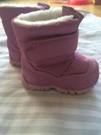 New girls winter boots QUECHUA, size 18-19
