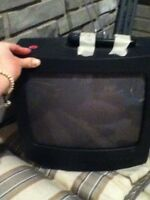 Great condition 13' coloured TV